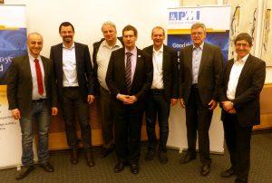 Maen, Robert L. Thomas, Klaus, Robert B., Ralf, Peter