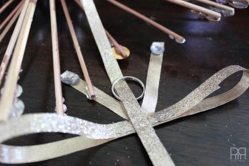 DIY Starburst Wreath ribbon