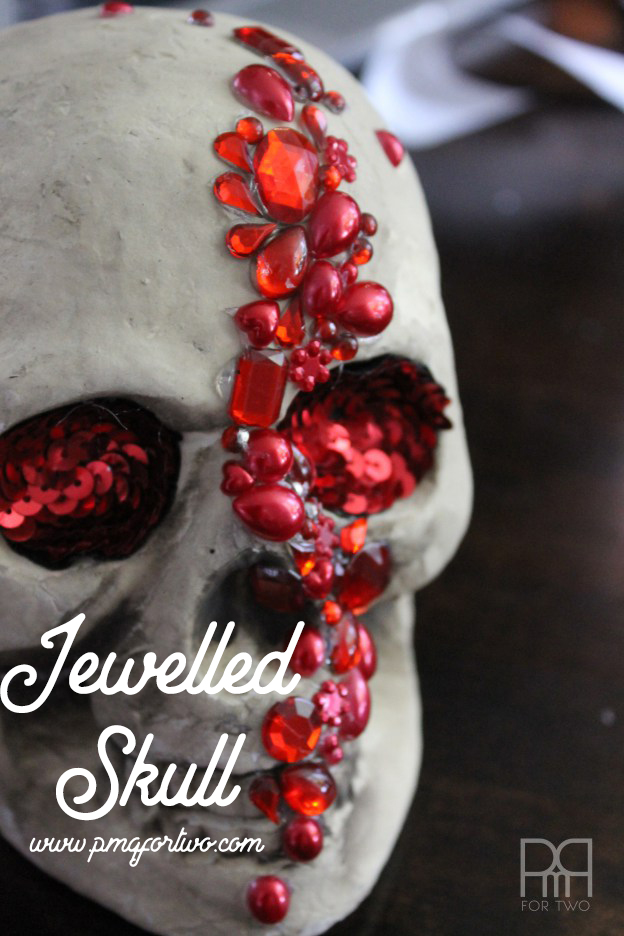 Make your own glam DIY Jewelled Skull for under 6$ using supplies from the dollar store and a little bit of hot glue. Glam decor here we come!