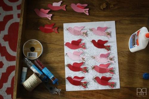 DIY glitter bird with glue