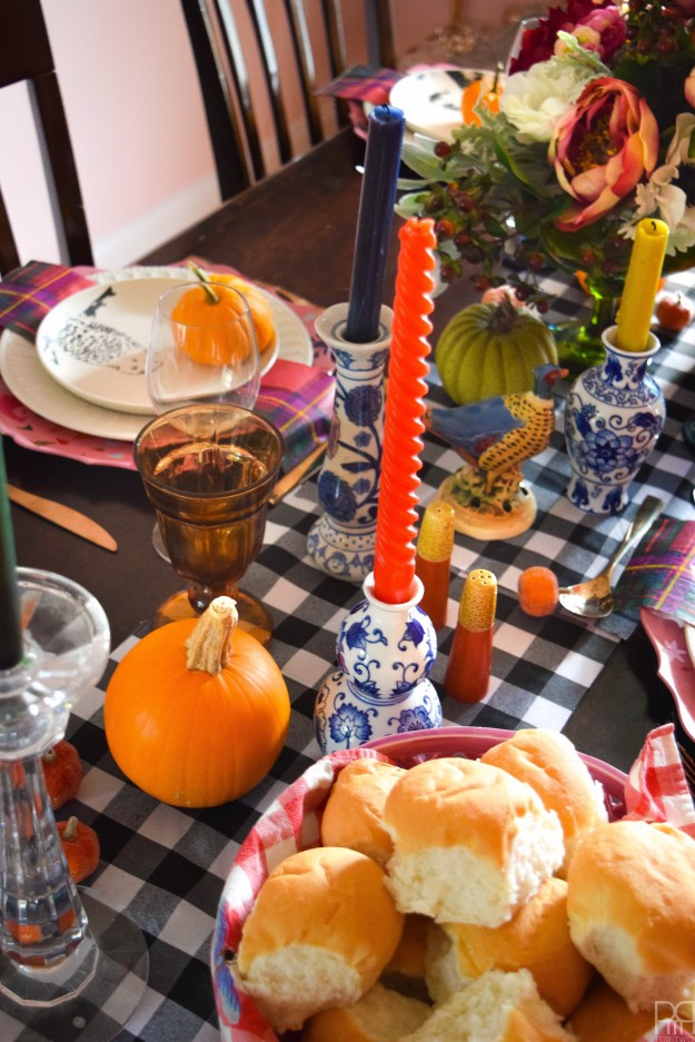 eclectic-and-colourful-thanksgiving-tablescape-29