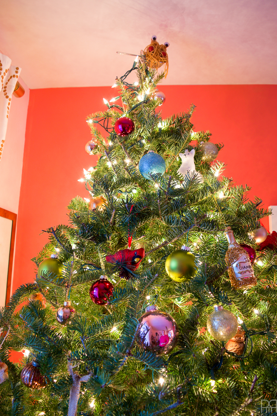 my-home-style-eclectic-bauble-tree-10