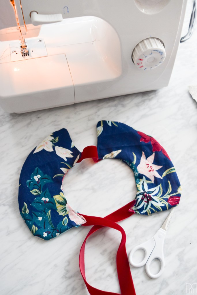 Whip-up some DIY Peter Pan Collars using your Cricut Maker in time for spring! Vibrant colours, bold patterns, lots of florals and a dash of whimsy - your wardrobe just got a colourful update.