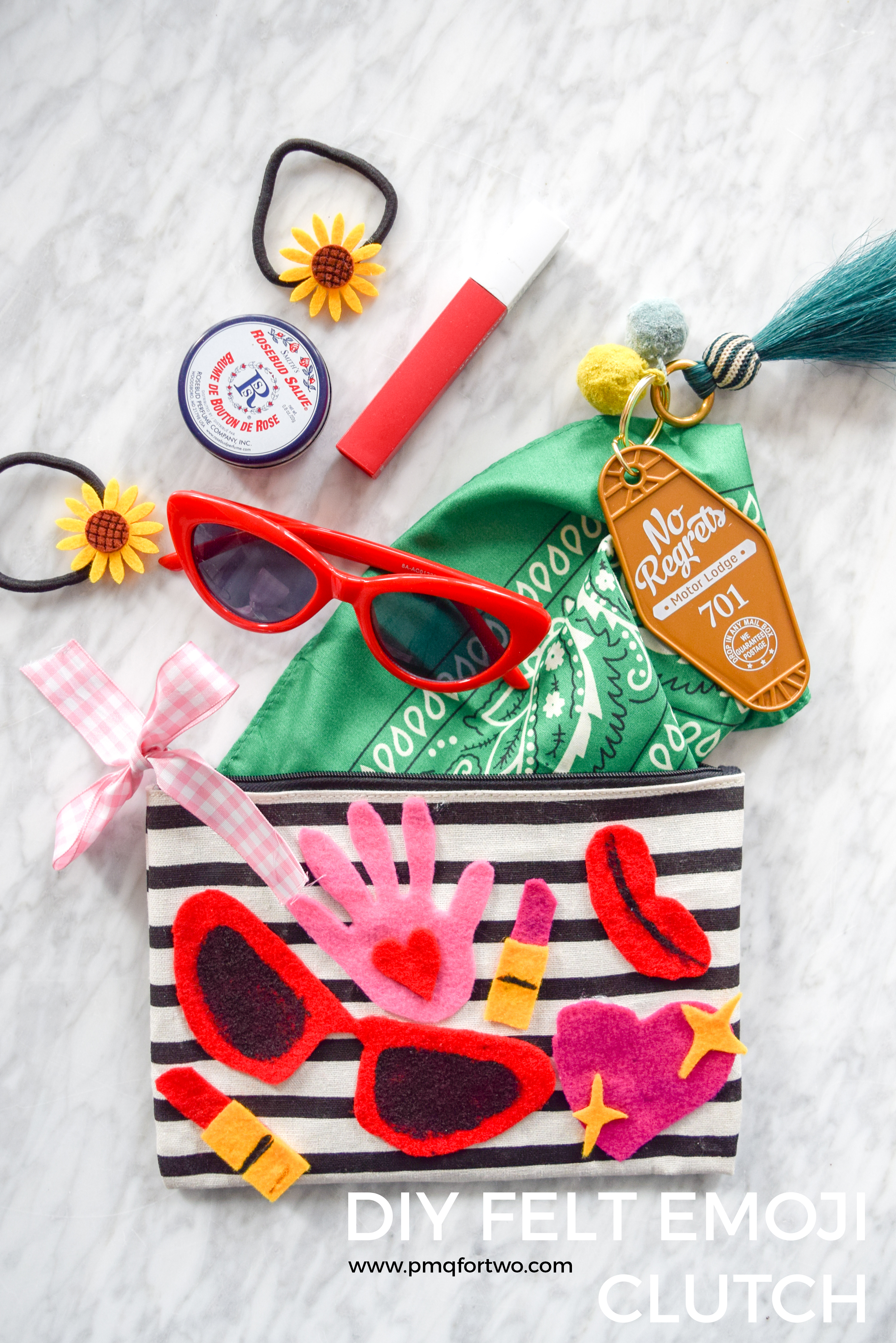 10$ at the dollar store gave me everything I needed to make a DIY Felt Emoji Clutch - just in time for summer! Grab all the deets and more, on the blog.