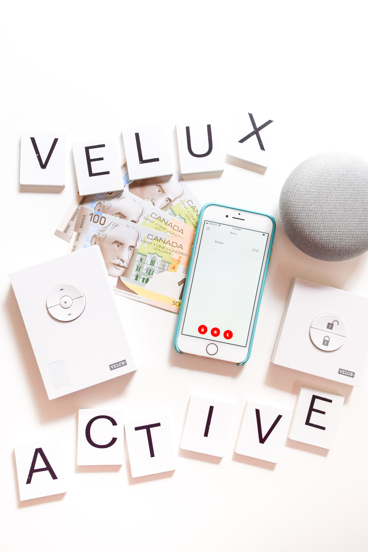 With our VELUX Skylight, we also installed the VELUX ACTIVE system to better integrate the new addition into our smart home. Curious about why and how?