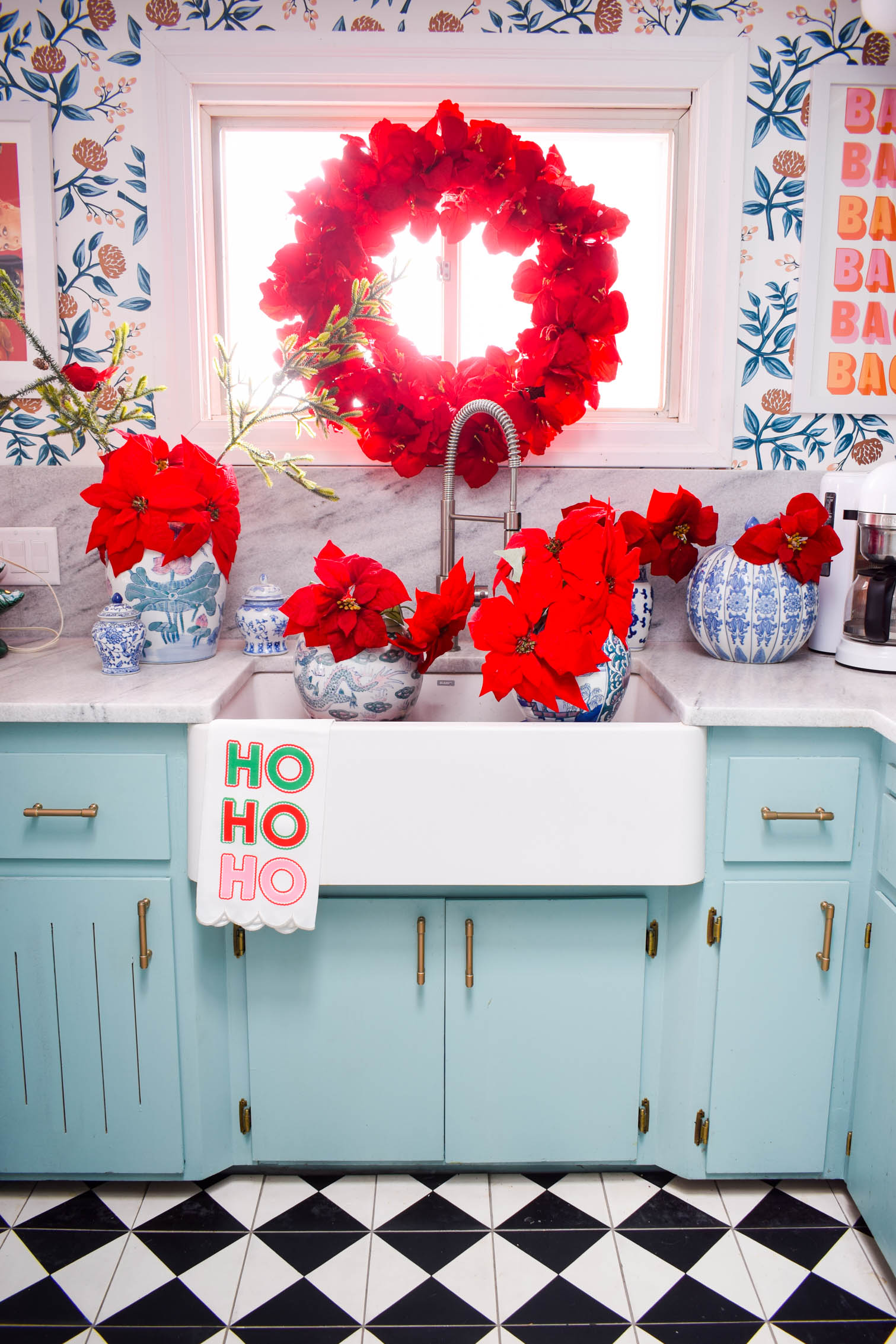 Colourful Christmas decor ideas come from a variety of different textures and materials. In our home, they make for a cozy and playful home this year.