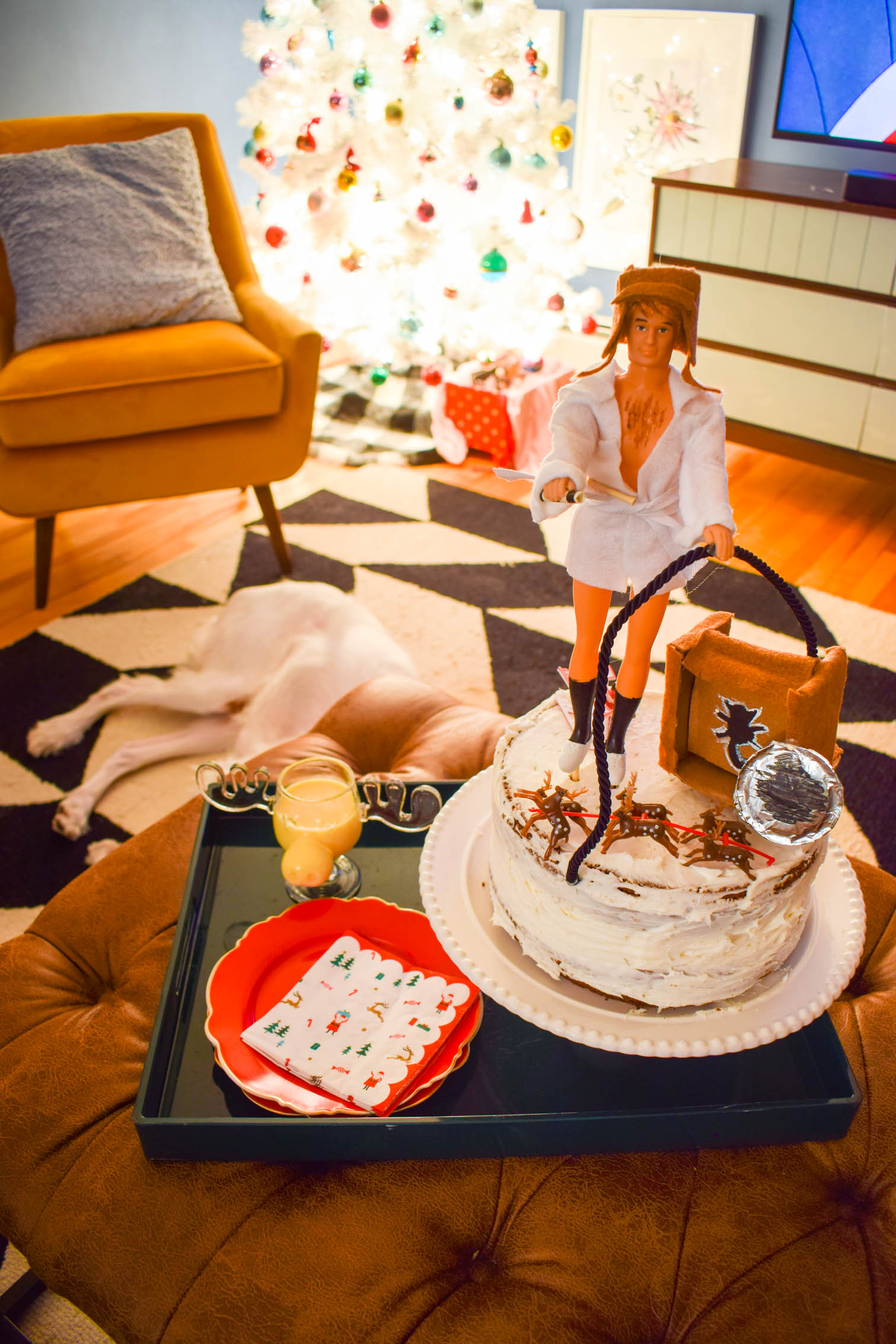 Uncle Eddy made it this year. My National Lampoon's Christmas Vacation Cake Topper is a major shot of fun, and the perfect excuse to play with dolls.