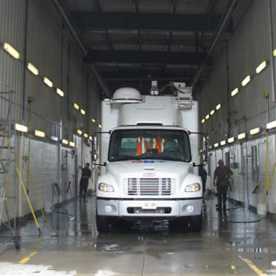 Professional Mobile Wash Truck Wash Building Cleaning