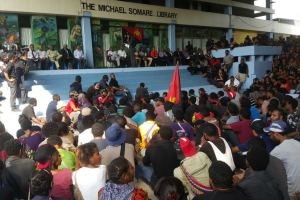 Students hold a meeting on campus