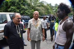 President Momis, Prime Minister O'Neill and head of Me'ekamui, Chris Uma - three of the main actors in the current saga