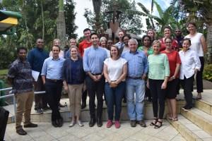 Australian Delegates visits PNGIMR