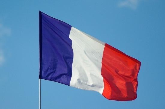 Убивший учителя из-за карикатур имел во Франции статус ...
