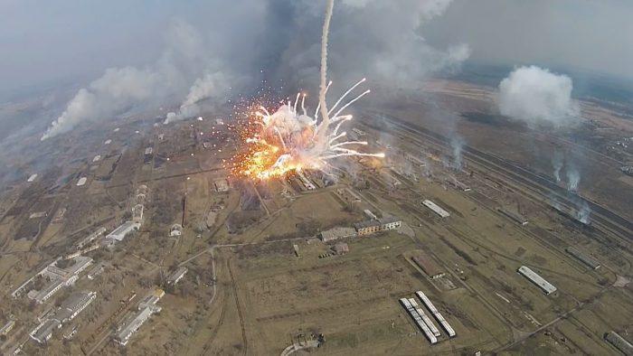 युक्रेनी हतियार भण्डारमा बिस्फोट, १० हजार स्थानीयबासीलाई सुरक्षितस्थलमा सारियो