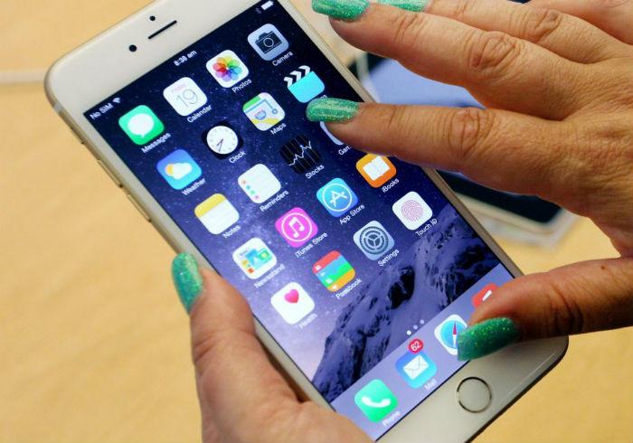 मोबाइल अवरुद्ध, टावरको सामान बाटोमै अलपत्र