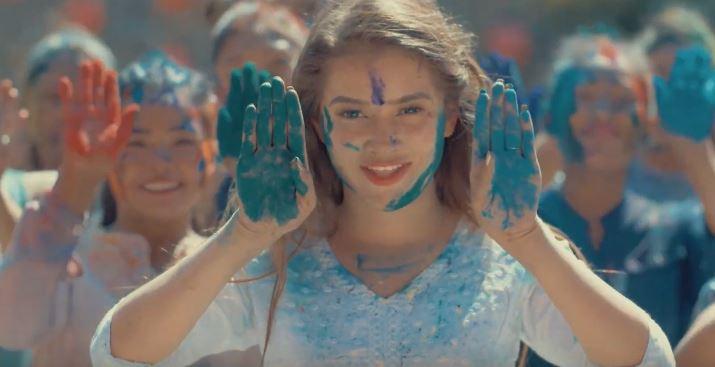 सुशिलाको 'ह्याप्पी होली' गीत सार्बजनिक (भिडियो)