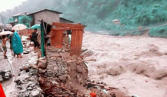 कालीगण्डकी कोरिडोरको पाँच घर जोखिममा