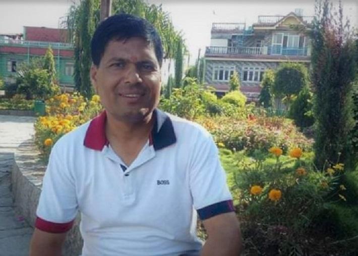 ढिलासुस्ती गर्ने ठेकेदार कम्पनीलाई बिरेन्द्रनगर नगर प्रमुख सुवेदिको कडा निर्देशन