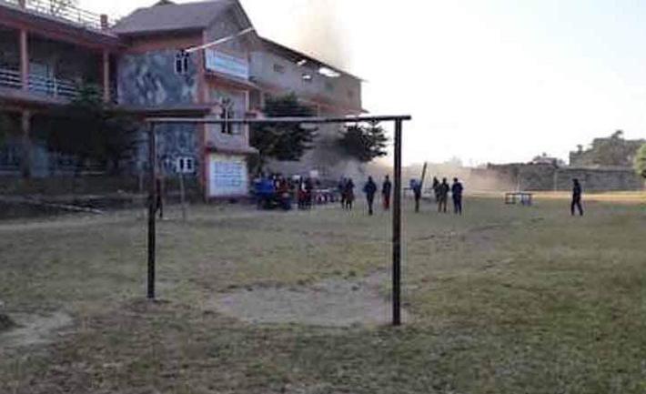 पोखराको अर्को मतदान केन्द्रमा पनि बम बिस्फोट