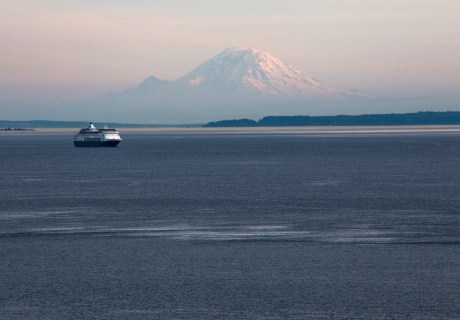 The Keystone Ferry and Mount Rainier