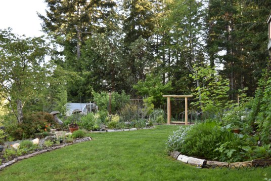 May in the PNWfromScratch Garden 2016_10