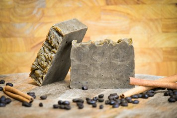 Settle into Fall with this all-natural Pumpkin Spice Coffee Scrub Soap, a scentsational blend of traditional Autumn spices, real pumpkin puree, and PNW roasted { fair trade & organic } Barking Squirrel Coffee