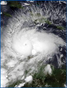 Matthew near peak strength in the Caribbean Sea on October 1, 2016. Learn more about this image: bit.ly/2dXdbzP