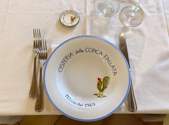 Decorazione su ceramica Pobiati e Curcio servizio piatti per ristorante conca fallata
