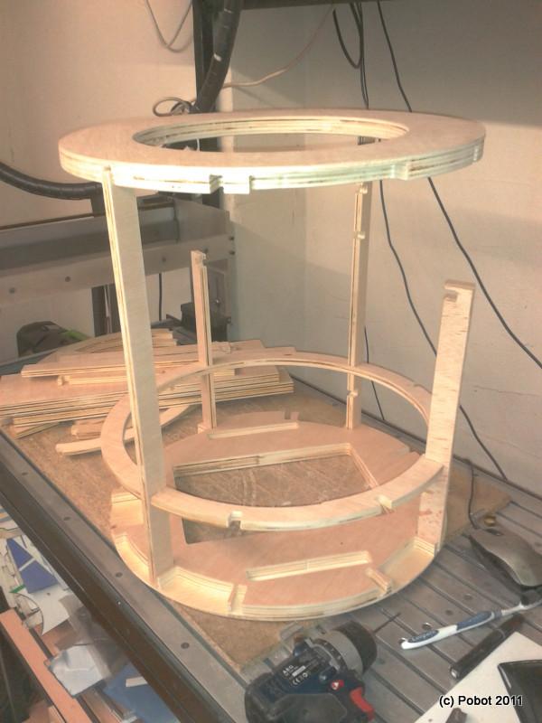 R2 D2 Wooden Frame PoBot