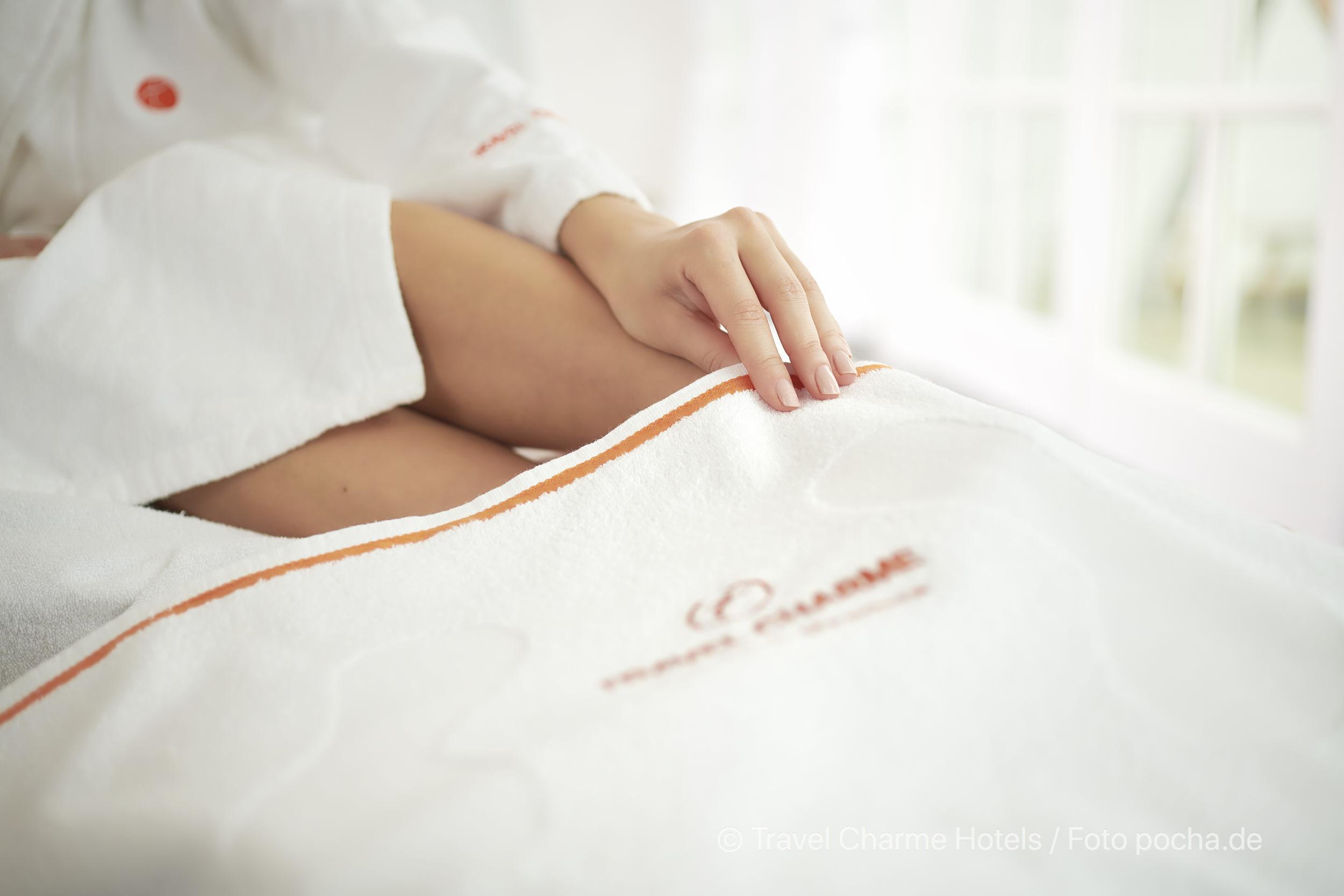 Liesa Wellness Komfort Handtuch Produkt Photoshooting mit Model