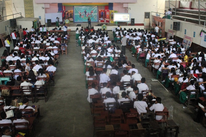 thousands-of-students-attending-oyayi-launch-in-davao-city