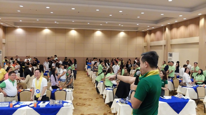filipino motivational speaker talks about passion driven business