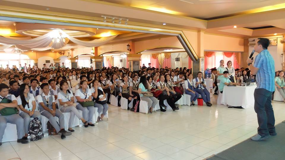 The VoiceMaster inspires the students of ASPAC in Balanga Bataan