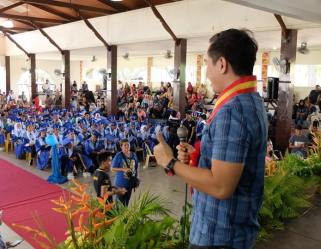 The VoiceMaster inspires graduates of Furigay Colleges in Basilan