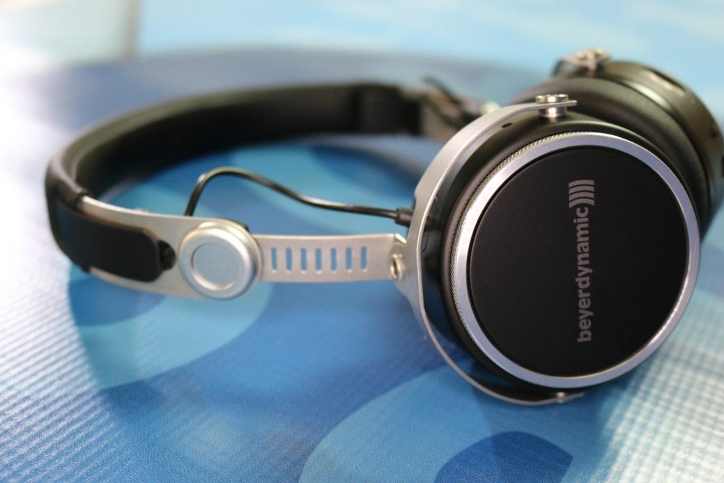 Review: Beyerdynamic Aventho Wireless On-Ear Headphones | Poc ...