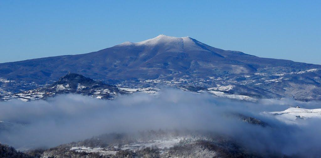 THE FIRST SNOW ON MONTE AMIATA