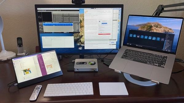 Eyoyo with Mac and 5K display