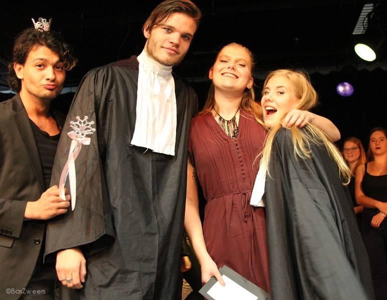 Theaterstudenten Podiumacademie gaan de vloer op…