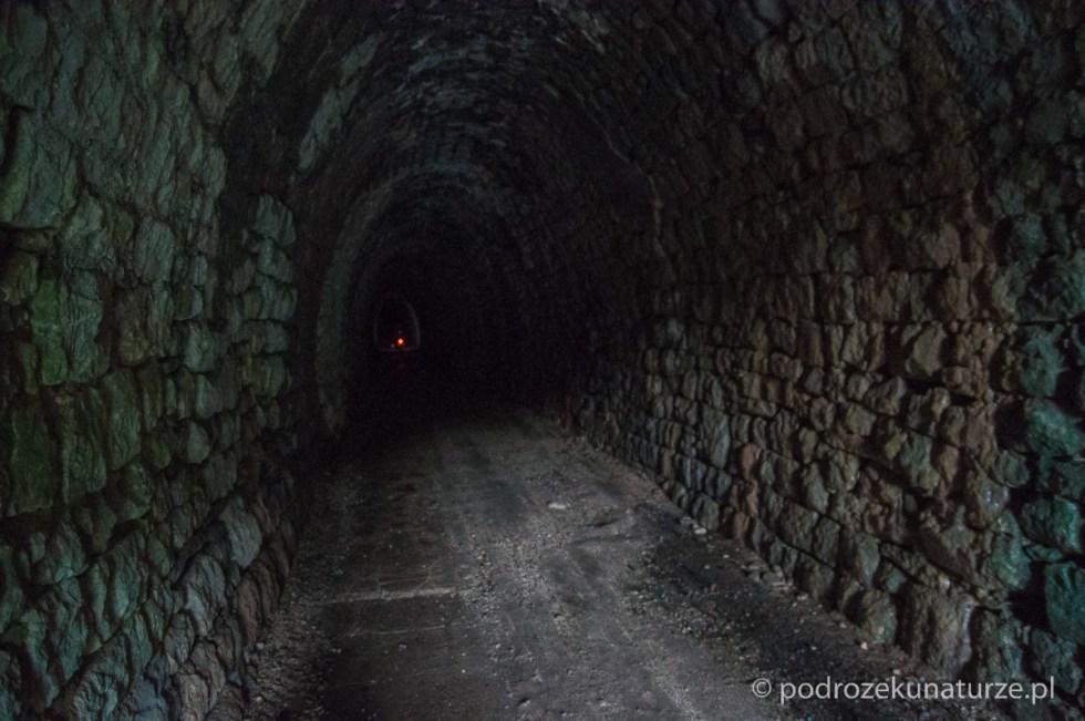 Tunel pod przełęczą