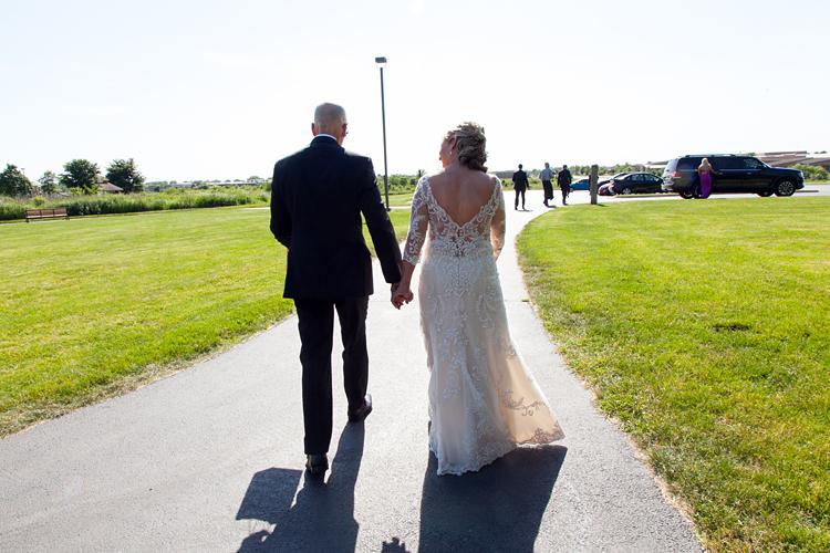 Barnyard Wedding Photography Illinois Park