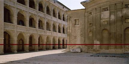 1998-360-Degree-rouge-n.2-(Marseille)-Felice-Varini