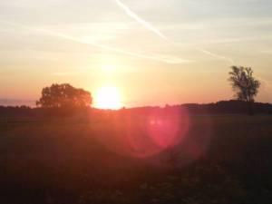 Wschód Słońca nad Łochowem