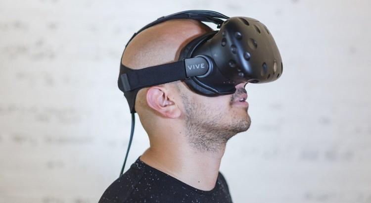Porter un casque VR