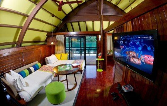 Holiday Inn Resort Vanuatu Family Villa