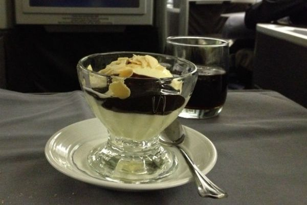 United Global First Class Dessert Ice Cream Sundae