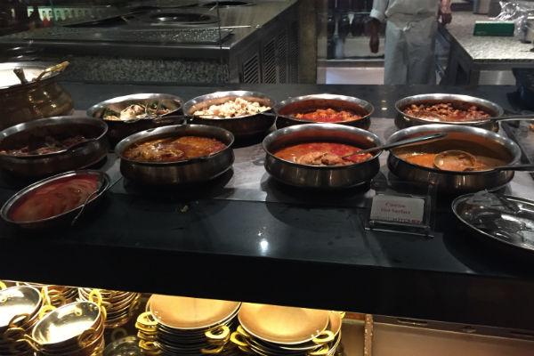 Straits Kitchen breakfast -Indian station