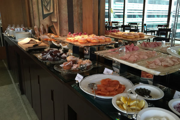 The breakfast spread at the Grand Club Lounge