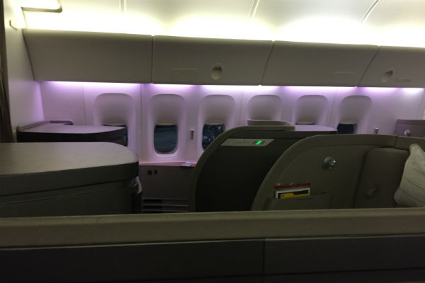 Cathay Pacific First Class Cabin flight 872 Hong Kong to San Francisco onboard 777-300ER