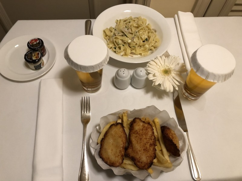 Grand Hyatt Istanbul Room Service: Fettuccine alfredo and chicken nuggets