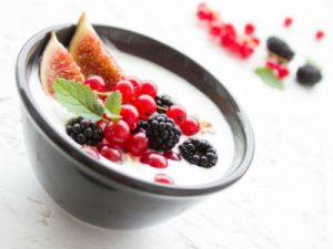 Greek Yogurt - Strained yogurt - Grčki jogurt - 希腊酸奶 - Гръцко кисело мляко - Yaourt grec - Griechischer Joghurt - Görög joghurt - יוגורט יווני - Jogurt grecki - ギリシャヨーグルト - Греческий йогурт - Грецький йогурт - Yunan yoğurt - Grekisk yoghurt - Iaurt grecesc - Iogurte grego - Yogur griego