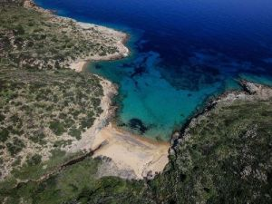 Vathi Rema beach | Ios Beaches | Ios Greece | Best beaches in Greece | Manganari beach Ios | Ios Mylopotas beach | Yialos Beach | Koumbara Beach
